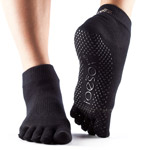 Calcetines de yoga ToeSox Ankle negro con dedos