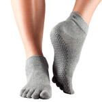 Calcetines de yoga ToeSox Ankle grises con dedos